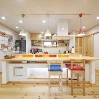 憧れのログハウスを再現した、のびのび暮らせるスウェーデンハウス